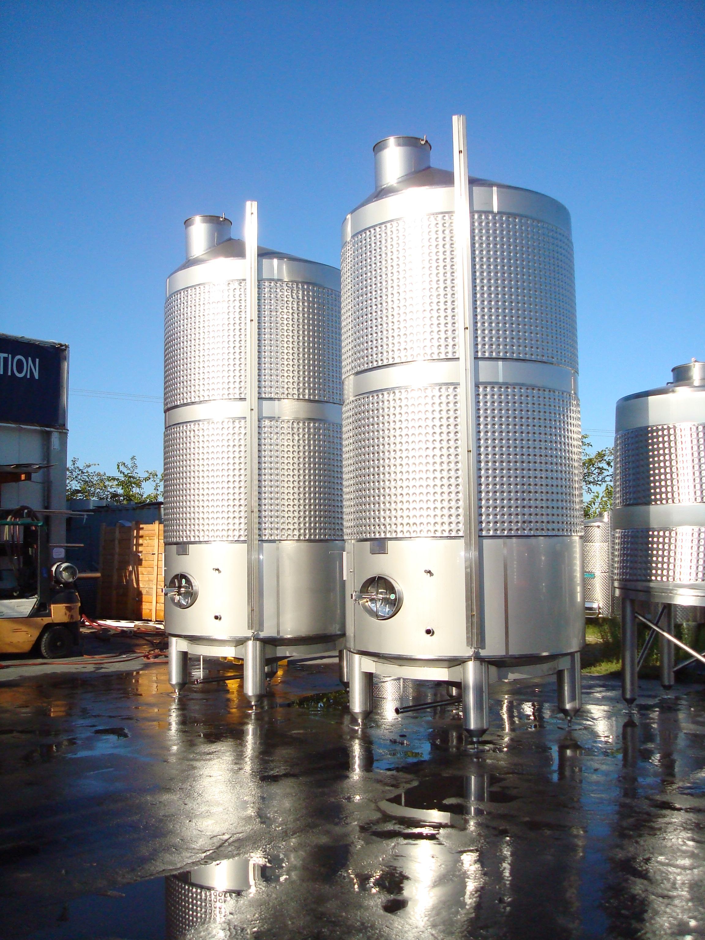 Conical bottom tanks criveller group