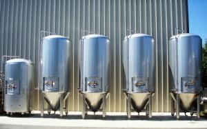 Beer Fermenters - DSC03199-lineup