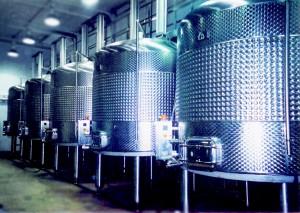 plunger tanks - Wine Fermenters